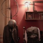 Хаос как ключ к гармонии: спектакль «Разговоры» в пространстве «Квартира»